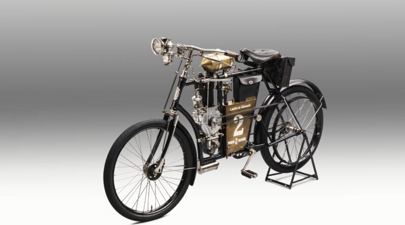 120 let športnega avtomobilizma pri Škodi
